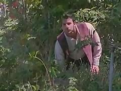 Красивый секс с невестой на природе